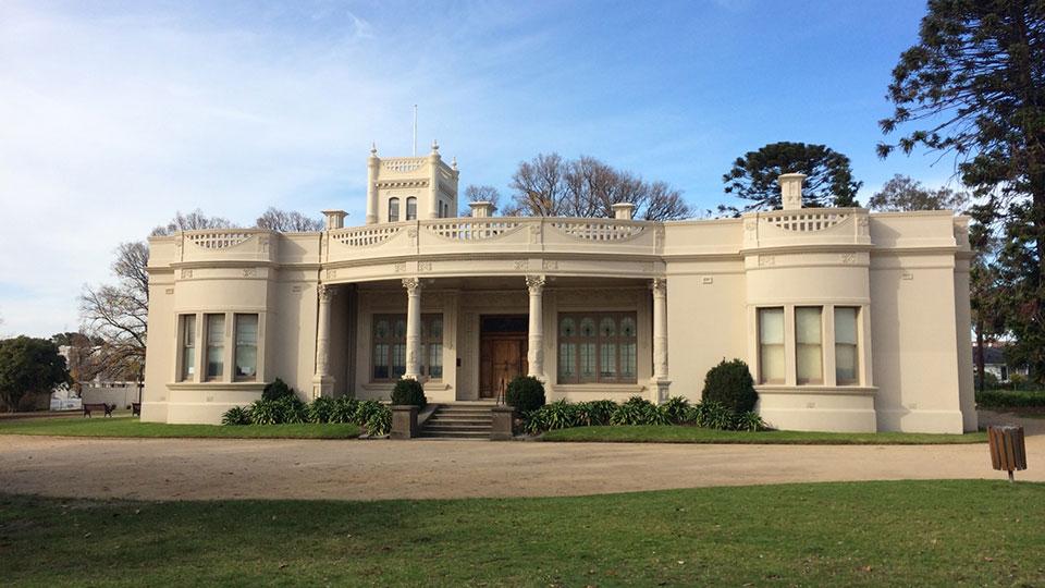 Billilla Mansion in Halifax St, Brighton